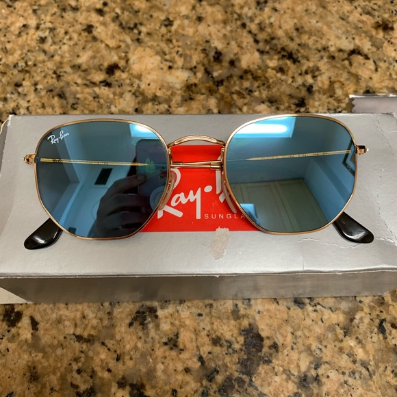 74e14914443 NEW Rayban HEXAGONAL FLAT LENSES Sunglasses. Boutique. Ray-Ban
